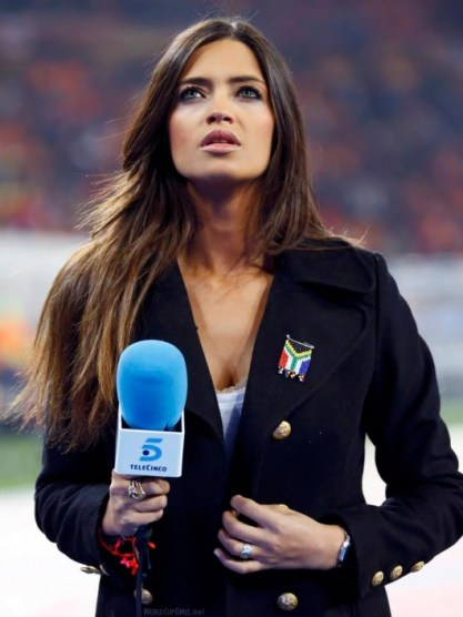 world-cup-hotties-47_sara-carbonero-530x706