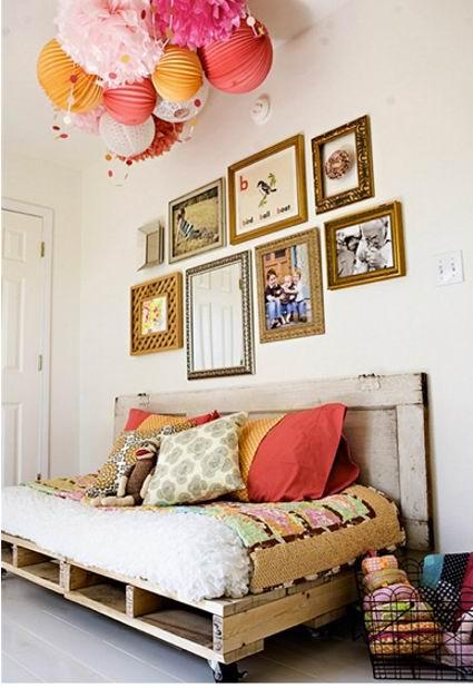 Sofá-cama con pallets reciclados