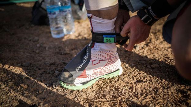 Marathon des Sables Raidlight gaiters and transponder