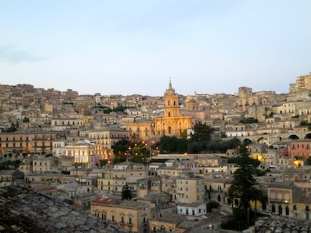 travel guide sicily modica