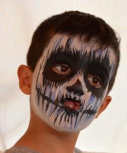 maquillaje infantil de zombie