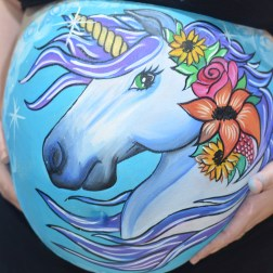 Belly painting Unicornio