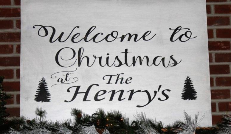 The Henry's Log Home Christmas Tour 2017