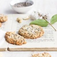 Cookie Time: healthy + vegan Lemon Chia Cookies