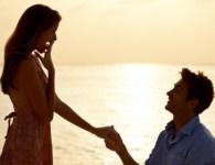 Prem Vyakta Marathi Kavita | Marathi Kavita Samuha | Marathi Kavita Sangrah पहिल्या भेटीत होतं प्रेम.. प्रेमात वाटतात पापण्यांचं खरं मित्रांच खरं प्रत्येक स्वप्न वाटतं खरं..!! प्रियेला प्रेम व्यक्त करण्यास...
