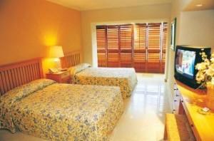 hotel-emporio-ixtapa-2