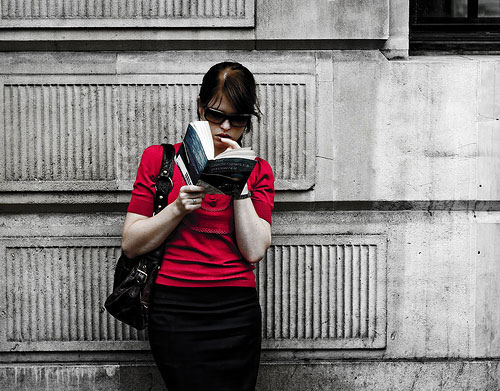 12 Good Reads that Will Change the Way You Think in the New Year