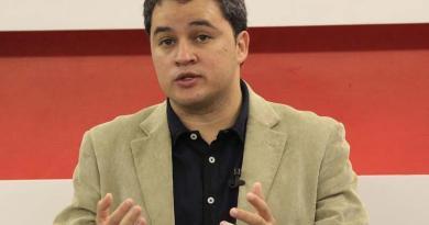 Efraim Filho(1)