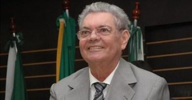 Trecho da BR-104 receberá nome do poeta Ronaldo