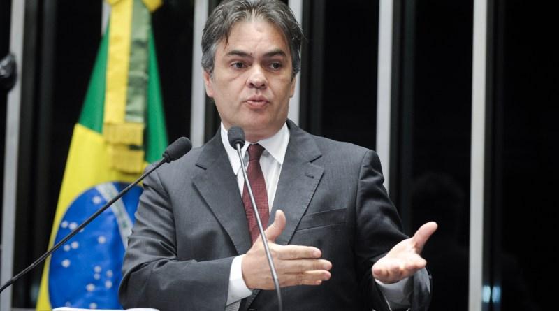 Senador Cássio Cunha Lima (PSDB-PB) fala durante sessão solene do Congresso Nacional destinada a homenagear o Centenário de João Agripino Filho