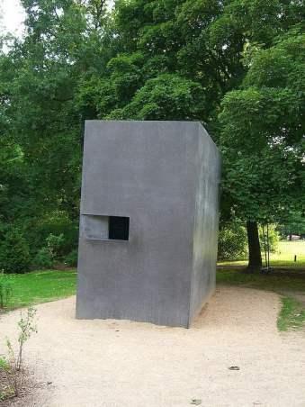 Мемориал на убитите по времето на нацизма хомосексуални хора, Берлин.