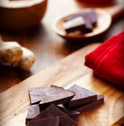 Sunn-oppskrift-på-sjokolade-med-ingefærsmak