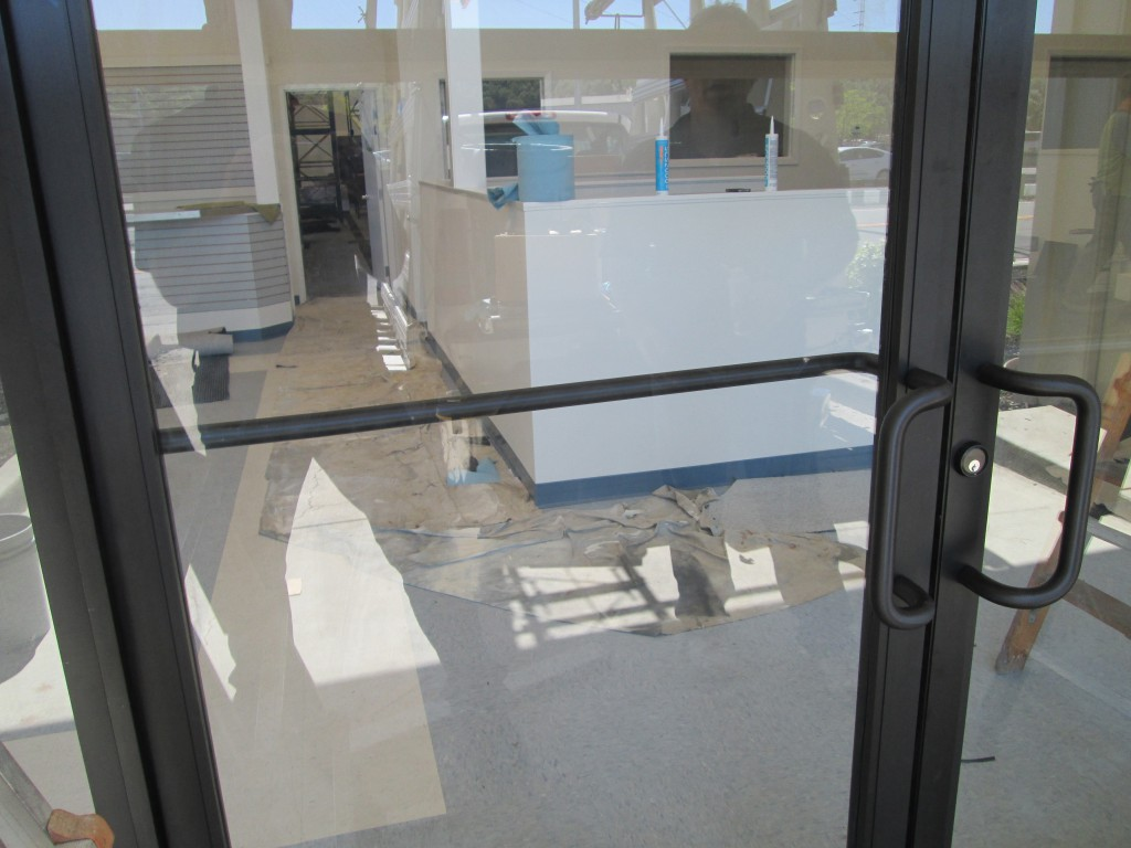 Frameless glass storefront door -  Storefront Aluminum Framed And Frameless Glass Download