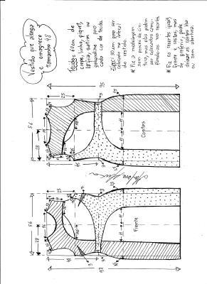 Esquema de modelagem de vestido que alonga e afina a silhueta tamanho 48.