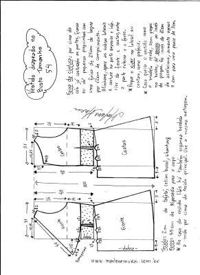 Esquema de modelagem de vestido drapeado com pregas tamanho 54