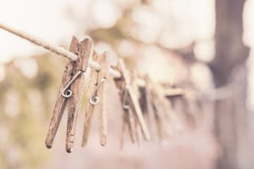 clothes-line-clothes-pegs-clothespins-366-825x550