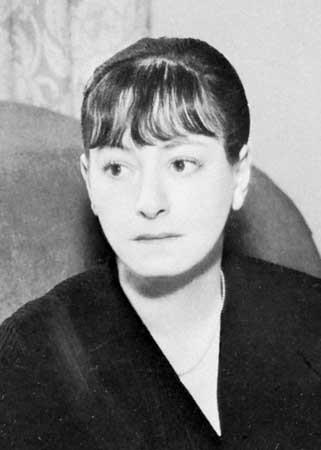 Dorothy Parker at the Garden of Allah hotel