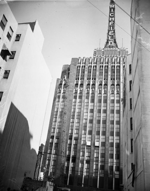 Richfield Tower (aka Richfield Oil Building) downtown Los Angeles, 1929 to 1969