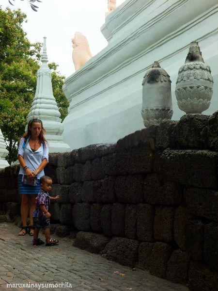 Wat Phnom 7