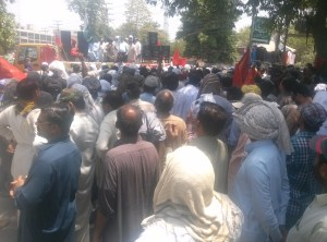 Lahore-Wapda Hydro Union Protest for Pay Raise 03