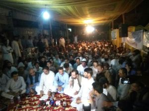 Quetta Young Doctors and paramedics press conference, announcing success 02