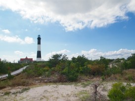 Walking to Fire Island Light