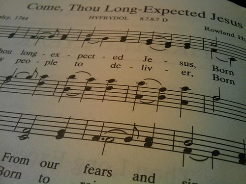 4162736781_7286bbc7cb_Sunday-Hymnal