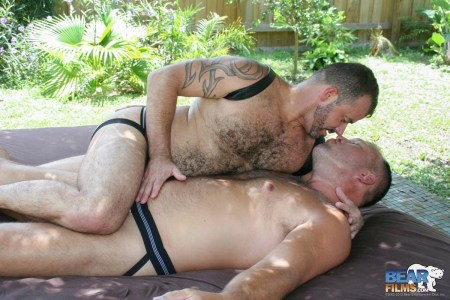 gay-daddies-naked