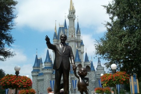 Walt Disney statue