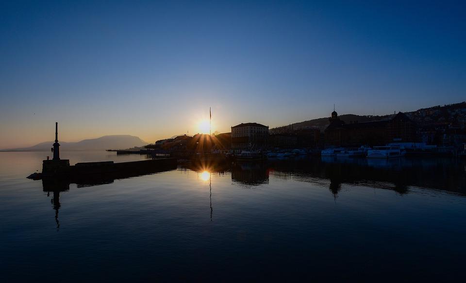 Free photo City Water Sunset Light Calm Reflection Port - Max Pixel