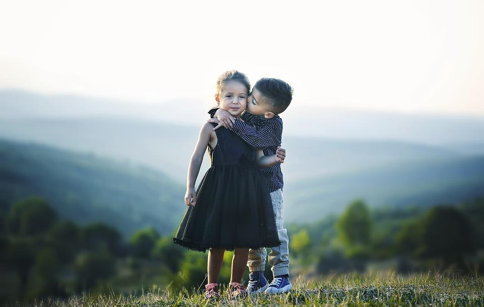 Cute Anime Love Couple Wallpaper Free Photo Siblings Friends Hug Children Sister Brother