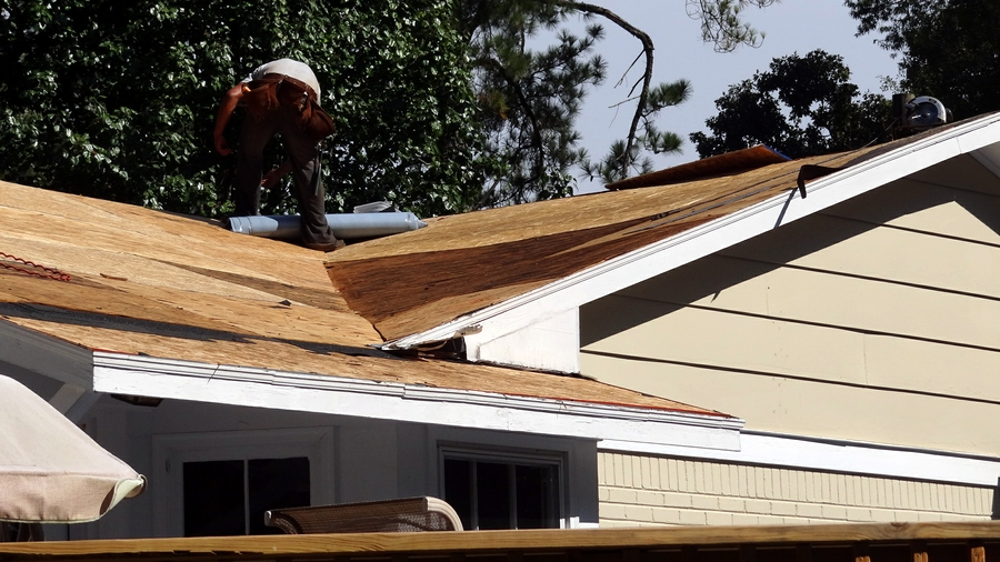 Free Roof Inspection From Mayhem Roofing