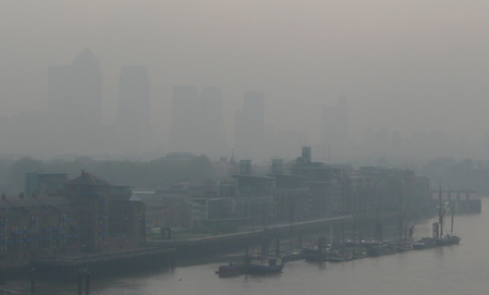 London exceeds European pollution limits even with loop hole