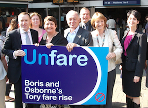 Livingstone takes fares campaign to Southwark commuters