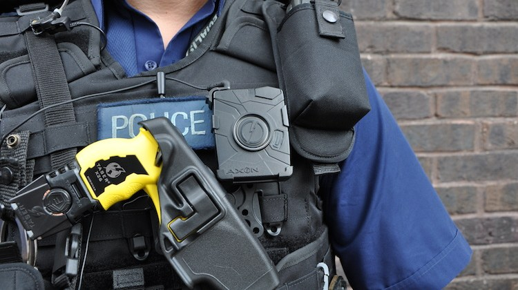 New figures show decrease in Met's Taser usage
