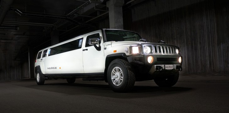 How To Hire The Best Limo Service