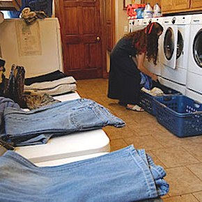 Folding (Dirty) Laundry with the Duggars