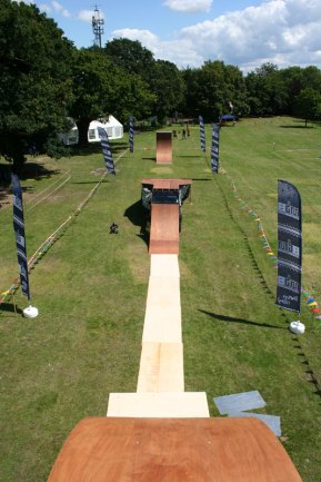 Mobile Mountainboard Exhibition Ramp