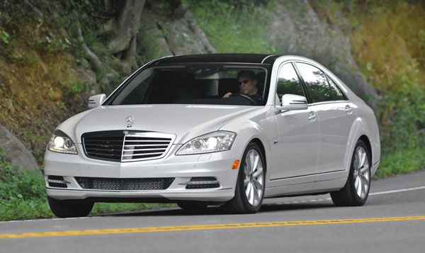 12S350_BlueTEC_4MATIC_front.jpg