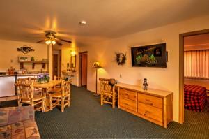 The Lumberjack Suite at Meadowbrook Resort & DellsPackages.com in Wisconsin Dells