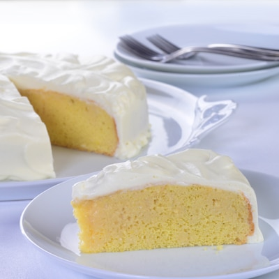Three Milk Cake - Pastel Tres Leches | Nestlé Recipes | ElMejorNido.com
