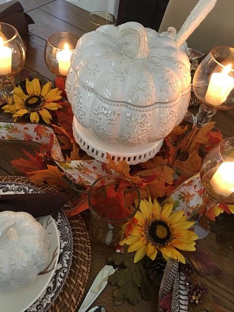 Blog - White pumpkin tablescape19