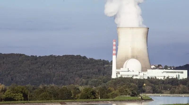 Nuclear Power Plant - Working Principle, Advantages, Disadvantages