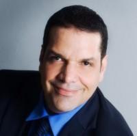 Carlos Conde – Voice Instructor