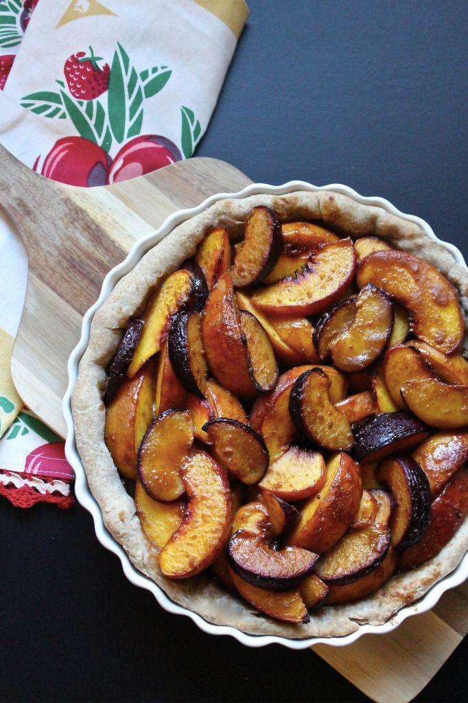 Brown Sugar Peach & Plum Tart – Meet The Shannons