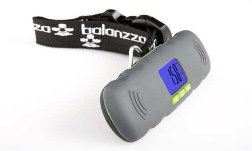 Travelling Techie Thursday Giveaway: Balanzza Mini Luggage Scale   balanzzamini2 500x299