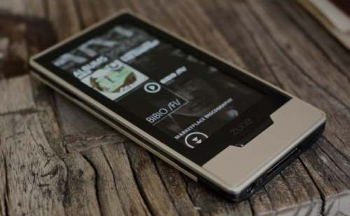 Microsoft Puts Zune Out of Its Misery   zune 500x309
