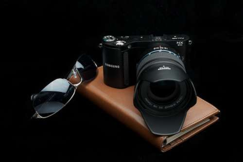 MEGATech Reviews: Samsung NX 210 Mirrorless Camera   AS2 0294 500x333
