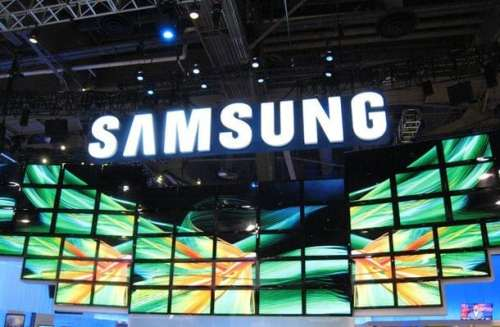 Samsung Galaxy S IV to Be Announced March 14th   Samsung event display booth focus S ii 2 windows phone 8 500x327