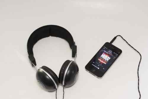 MEGATech Reviews: Wicked Audio EVAC Full Size Headphones   DSC 0557 500x333